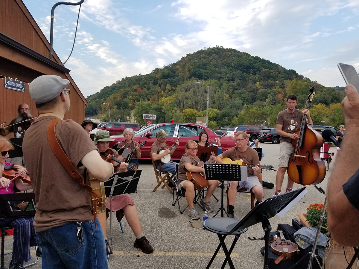 Music at the Driftless Brewing Company Party